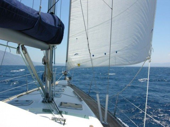 Die Dream unter Genua bei achterlichem Wind der Stärke 7.